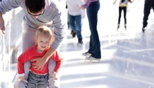 Esta Navidad no te pierdas la pista de hielo situada en el Centro Comercial El Tiro